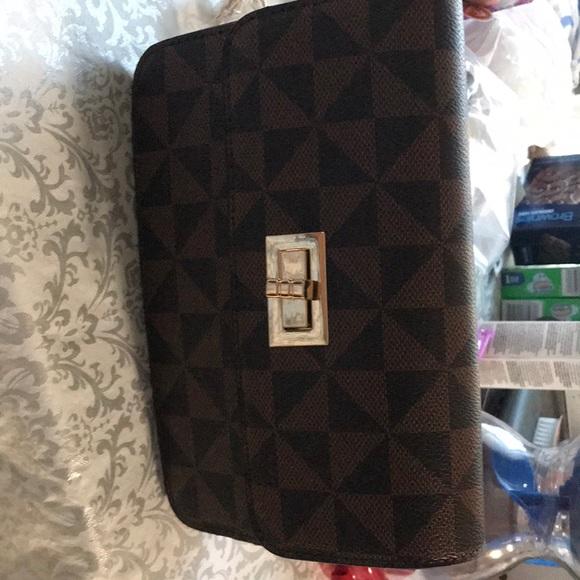Brown small crossbody purse